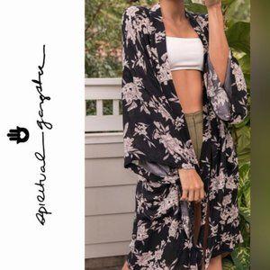 Spiritual Gangster Floral Maya Pocket Kimono
